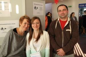 Nagrodzona Urszula Haluch wraz zrodzicami