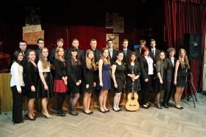 Młodzi artyści LO Biecz zeswym muzycznym ipoetyckim mentorem