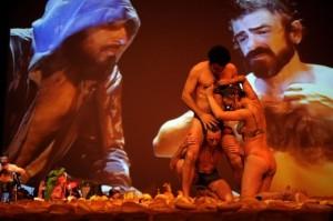 Scena zespektaklu Golgota Picnic (Fot.materiały prasowe Malta Festiwal)