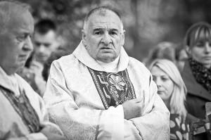Ks. Waldemar Sowiński (1945-2015) - fot.www.niedomice.pl