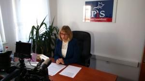 Poseł Barbara Bartuś podczas konferencji