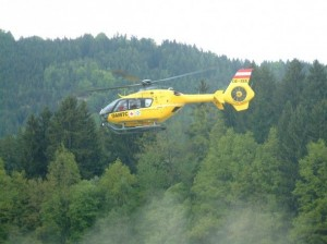 rescue-helicopter-1497429-610x457