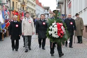 Wieniec składają przedstawiciele władz samorządowych Ziemi Gorlickiej