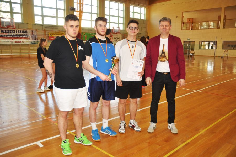 Badminton Kromer 01